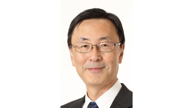 内山俊弘氏